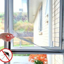Nalepovacia sieť do okien proti komárom